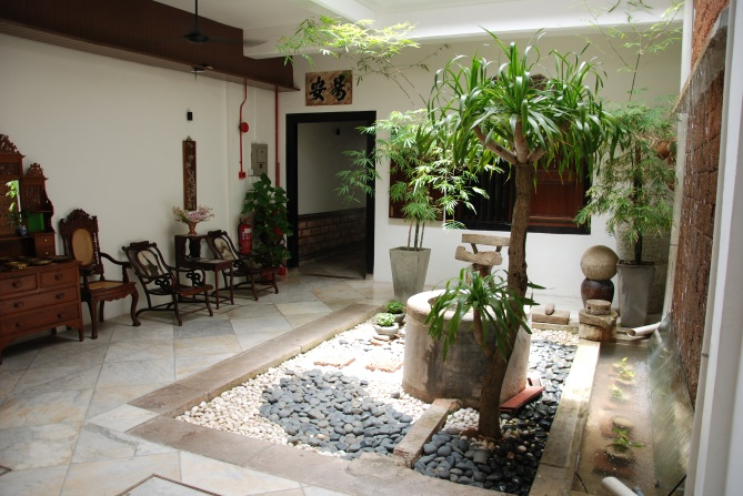 Ground-Floor-Courtyard
