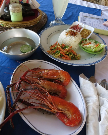 Udang Panggang Mentega - Grilled Prawns served with Balinese or Garlic Sauce and rice.