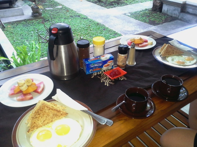Breakfast at Gerhana Sari 2.  Ample food to get you started for the day, and also bottomless Tea & Coffee.