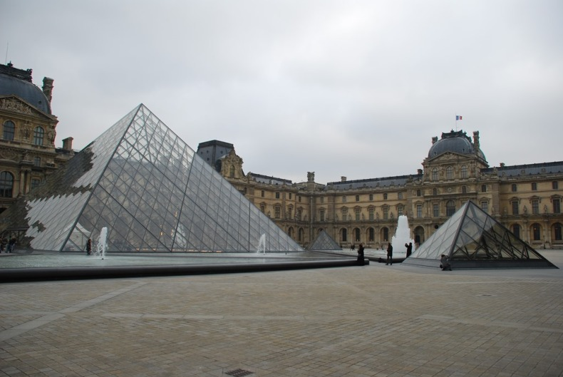 Louvre-Outside