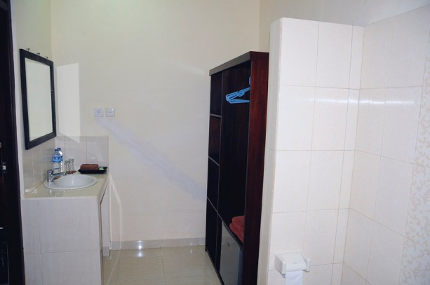 Ensuite was in a separate room which included a large wardrobe and minbar fridge, along with ample storage space for toiletries
