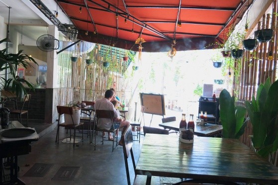 Located at the Kayu Aya Food Village, just behind the Flea Market between the Oberoi Hotel and Villa C151