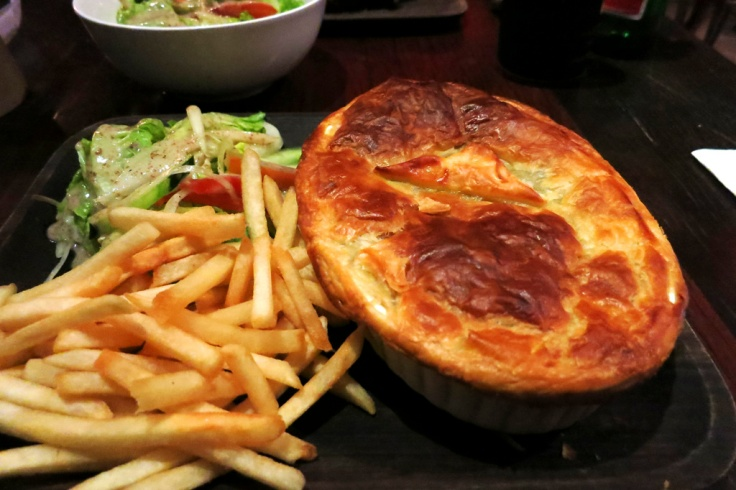 Dan opted for the Braised Beef & Red Wine Pie with pastry crust and fries (Rp. 120k)